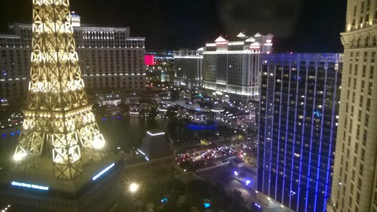 Paris Las Vegas : View from room 2705