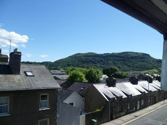 The Golden Fleece Inn : The view from our room in the Royal Madoc