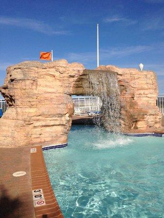 Courtyard Virginia Beach Oceanfront/North 37th Street : Great Pool