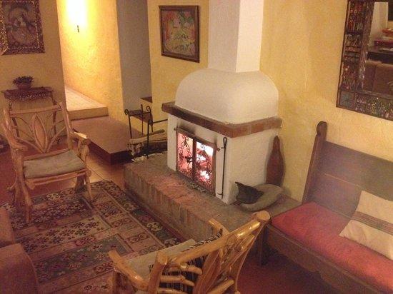 Las Palmeras Inn : Hotel dining room