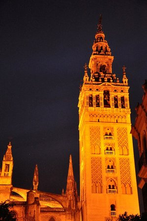 Torre Giralda : la giralda