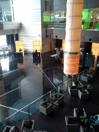 The Westin Beijing Chaoyang: Spacious lobby, but only three counters
