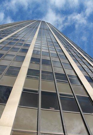 Observatoire Panoramique de la Tour Montparnasse : Outside of building - 56 stories up.