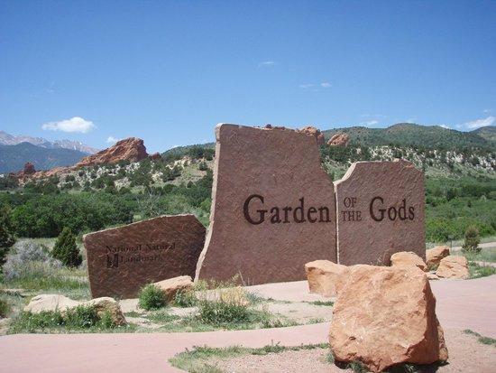 Garden of the Gods: Entry sign