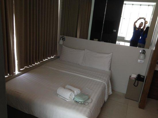 Metz Pratunam : Bed