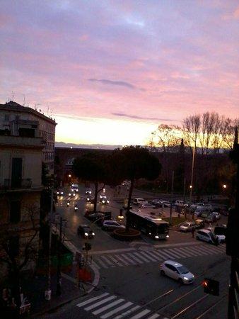 SHG Hotel Porta Maggiore : Вид из окна