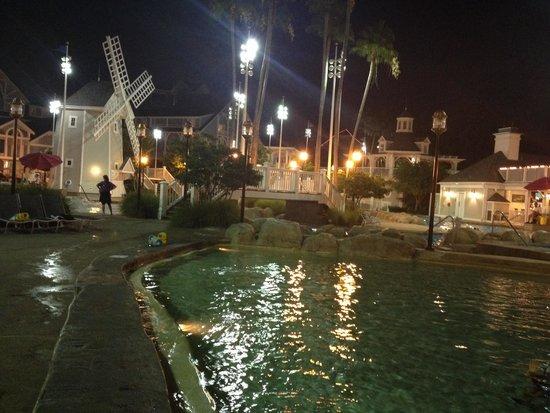 Disney's Yacht Club Resort: Swimming area