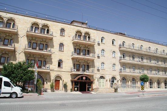 Tas Saray Hotel: Aussenansicht