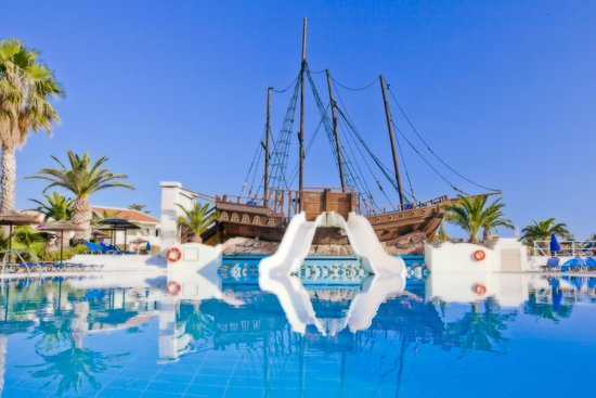 Kipriotis Village Resort: Pirate Ship