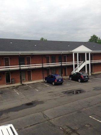 Americas Best Value Inn - Bridgewater: View from room