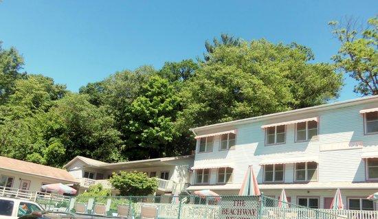 Beachway Resort: Overall View of Lovely Family Resort