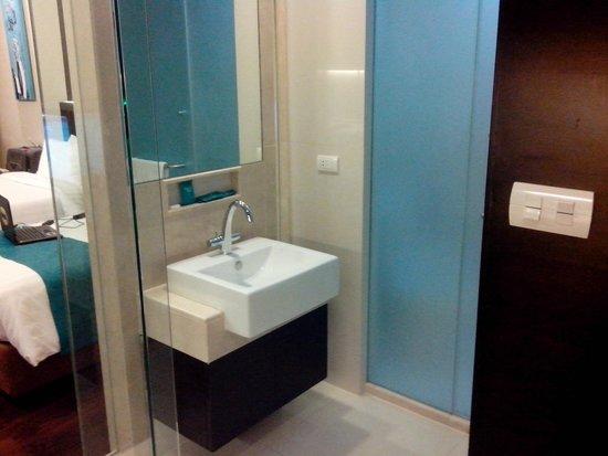 Jasmine Resort Hotel : Open Sink