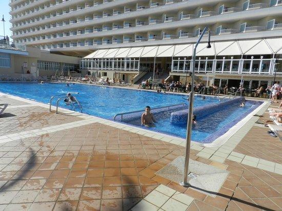 ClubHotel Riu Oliva Beach Resort : piscina
