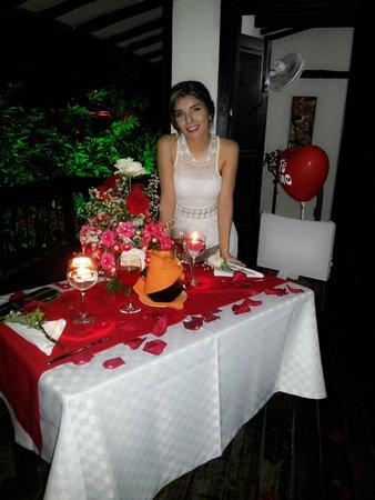 Restaurante A Mis Amigos : cena romántica