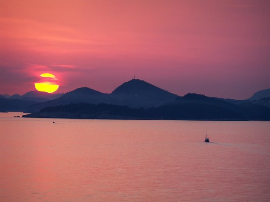 Hotel Croatia Cavtat : sunset from room