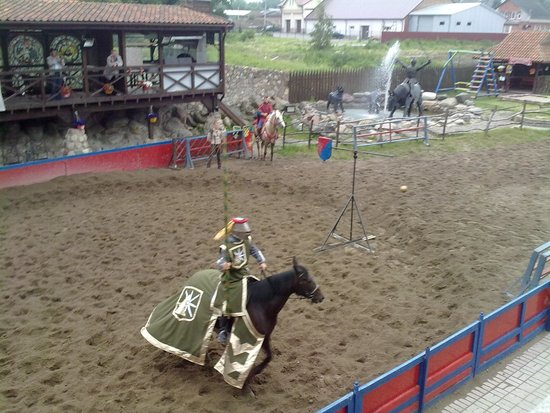 Castle Hotel Nesselbeck : Рыцарский турнир.