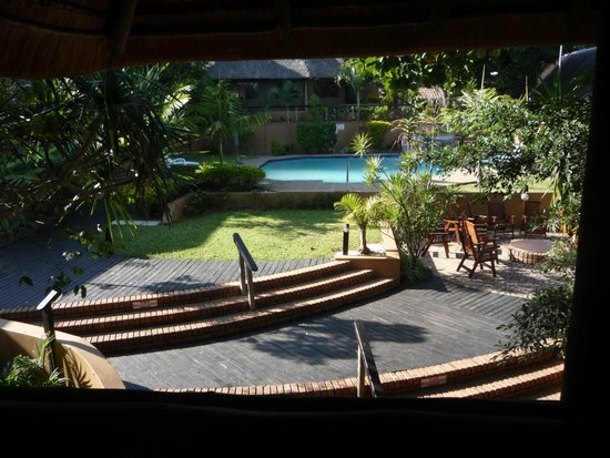 AmaZulu Lodge: piscina
