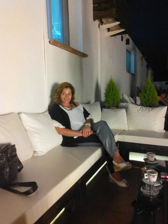 Nereida Hotel: En la terraza de la piscina