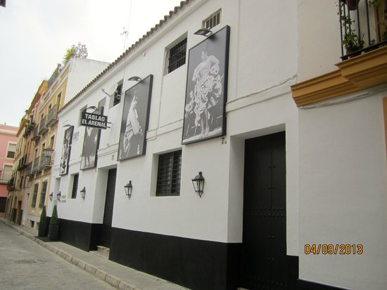 Tablao Flamenco El Arenal: Entrance from the street