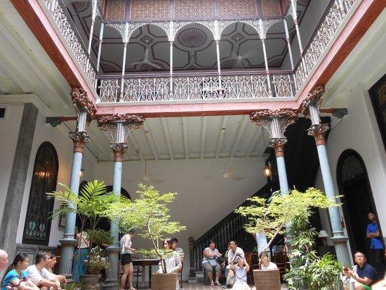 Cheong Fatt Tze - The Blue Mansion: โถงกลางบ้าน