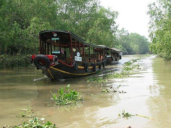 Palace Hotel Saigon: por el delta del Mekong