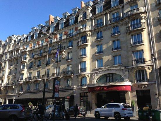 Hotel Pont Royal: Front of Pont Royal