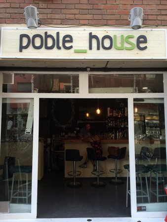 Poble_house