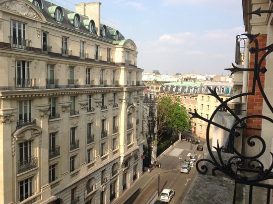 Hotel Pont Royal : View from 507