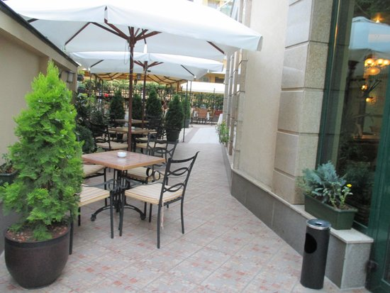 Crystal Palace Boutique Hotel: Außenbereich