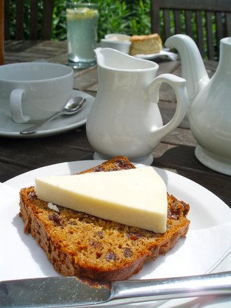 Bowness-on-Windermere, UK: Tea break