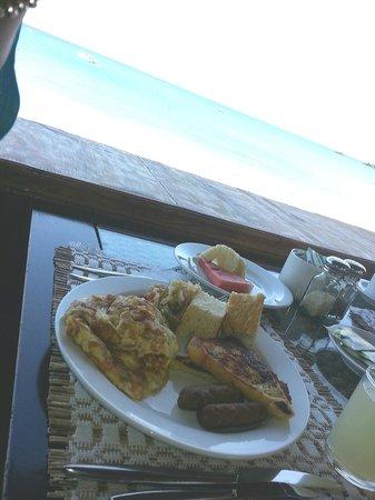 Turtle Beach by Rex Resorts : Seaside Breakfast