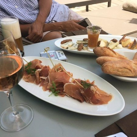 Five Seas Hotel Cannes: Ham plate and cheese plate at the pool