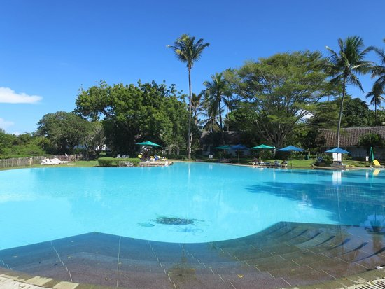 Mnarani Club & Spa: pool