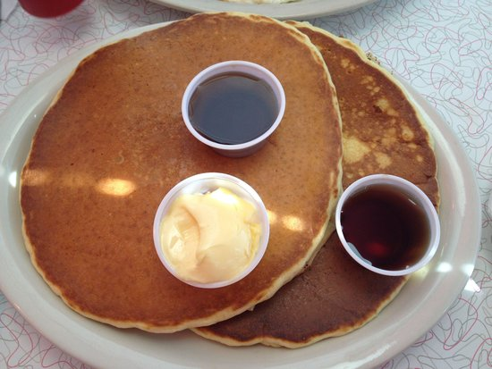 Kroll's Diner: Very big!!! At a good price!