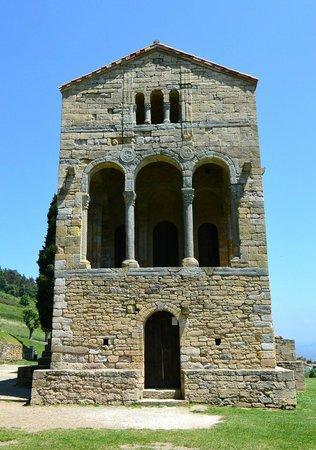 Santa María del Naranco: Santa Maria de Naranco