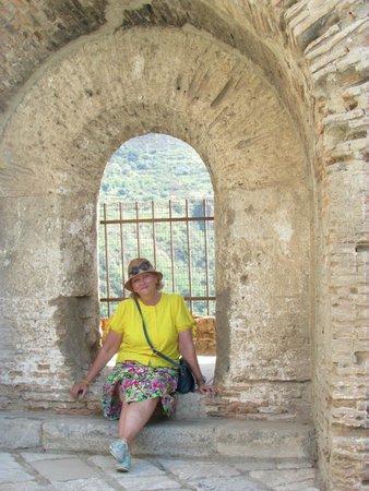 Tropea Beach: Древняя крепость в Шилле