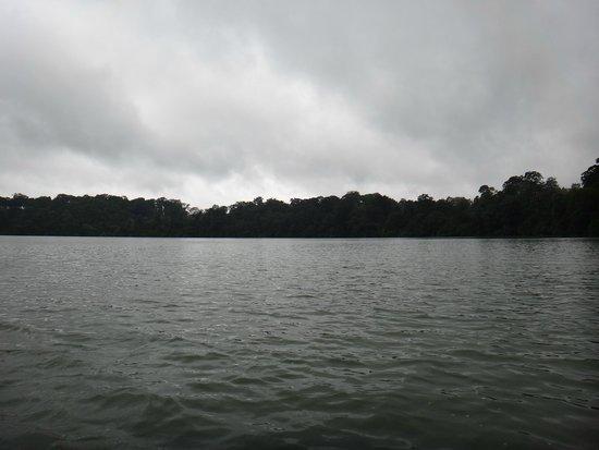 Yeak Laom Volcanic Lake : Yeak Laom