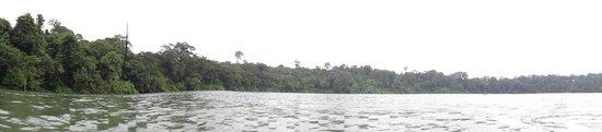 Yeak Laom Volcanic Lake : Tentative de panorama
