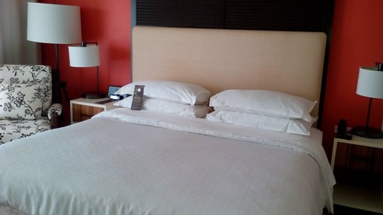 Sheraton Puerto Rico Hotel & Casino: my bed was nicely made
