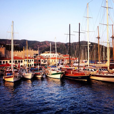 Club Atrium Apartments: Marmaris harbour early evening- 5 mins taxi from hotel