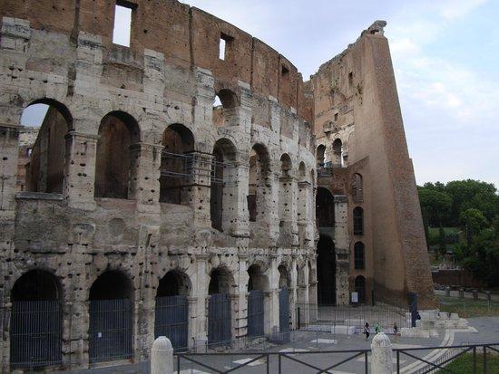 Through Eternity Cultural Association: The Colosseum
