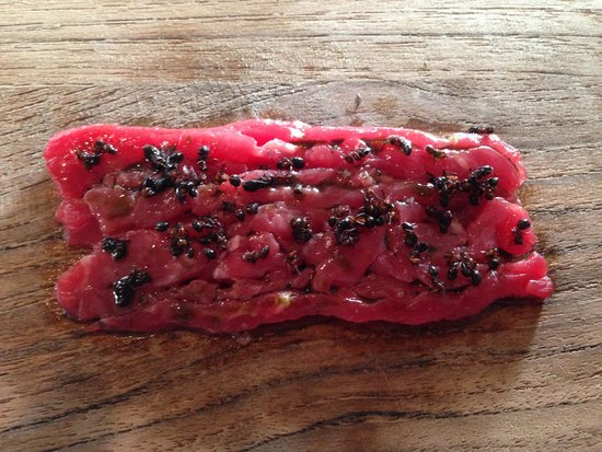 Noma : Guess what is on the aged steak?