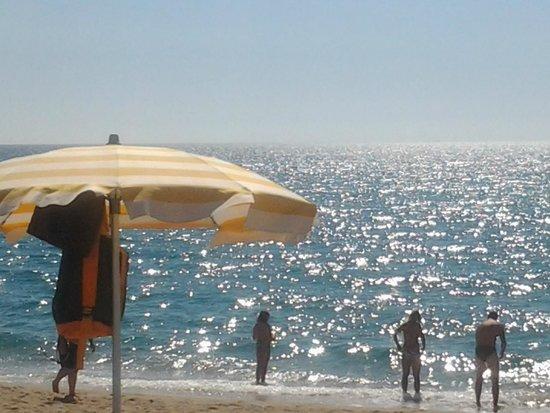 Nicotera Beach Village : non si vedono ma all'orizzonte ci sono le isole Eolie