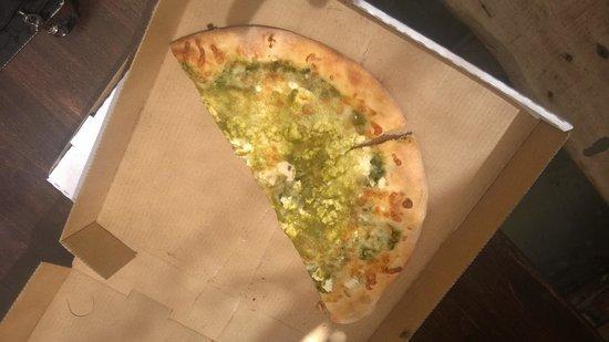 Ketri Cafe & Market: Better thn California Pizza Kitchen!