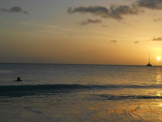 Starfish Jolly Beach Resort : beautiful sunsets