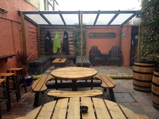 Jenny Watts: Beer garden2