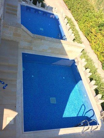 Kandia's Castle Hotel, Resort & Thalasso : Бассейны номеров