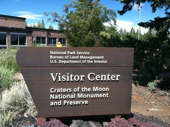 Craters of the Moon National Monument : Visitor Center