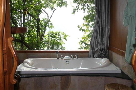 Panviman Resort - Koh Pha Ngan: Bath tub for two