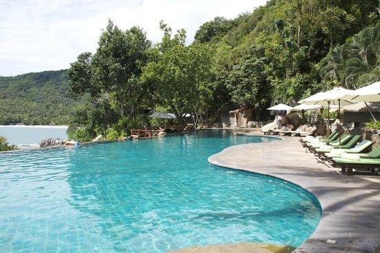Panviman Resort - Koh Pha Ngan: Part of pool area
